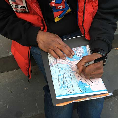 Meeting strangers and getting hand trace drawings in NYC